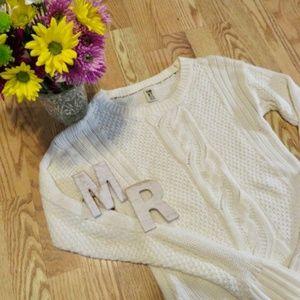 Roxy Medium-Weight Sweater (A)